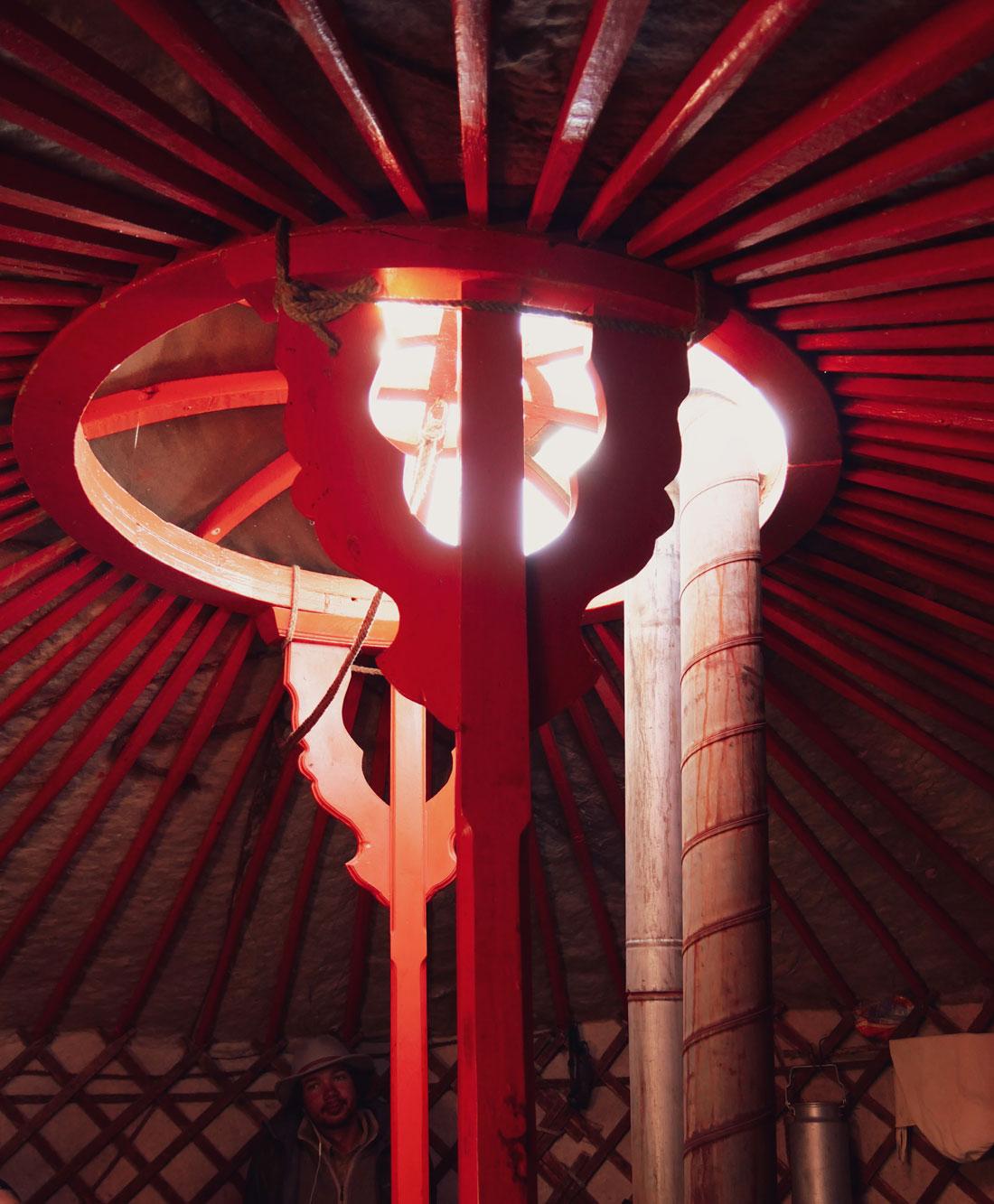 les piliers centraux d'une yourte