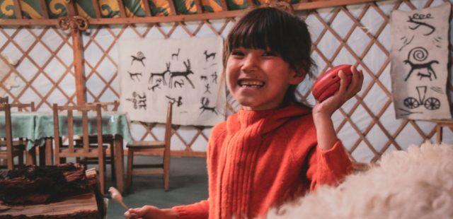 rire d'une fille mongole