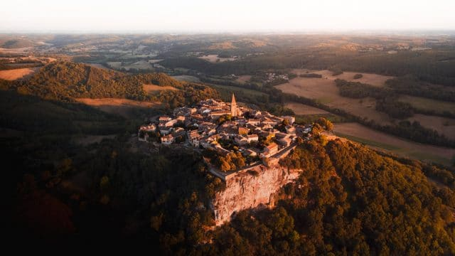village puycelsi