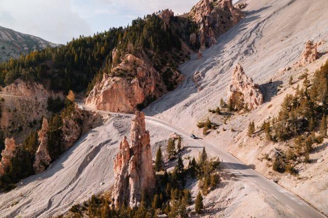 Hautes-Alpes spots vallée izoard casse déserte et col