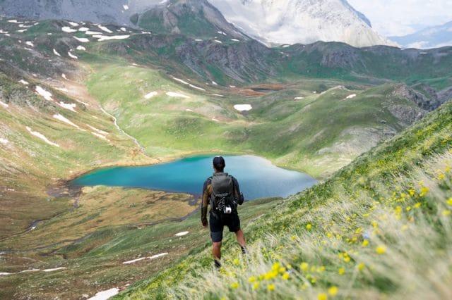 Hautes-Alpes : lac des Cordes dans la vallée de l'Izoard